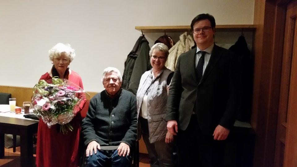v.l. Veronika Probost, Walter Hertle, Jutta Schiller und Bürgermeister Eberhard Keller
